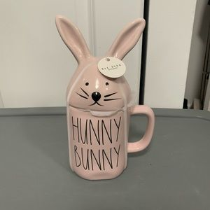 PRICE FIRM New Rae Dunn Easter mug with topper